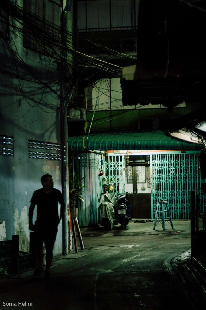 Bangkok Back alley